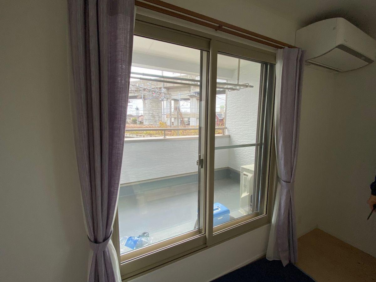 内窓プラスト設置工事