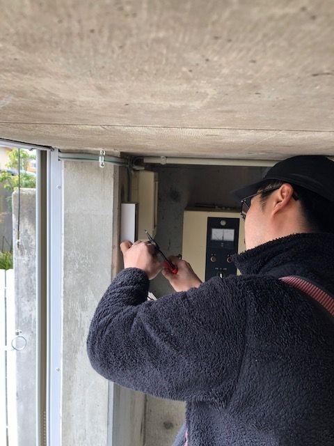 軽量電動シャッターの施工事例