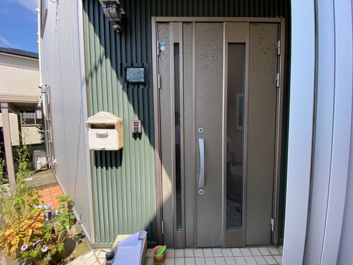 ドアリモ・玄関ドアの施工事例