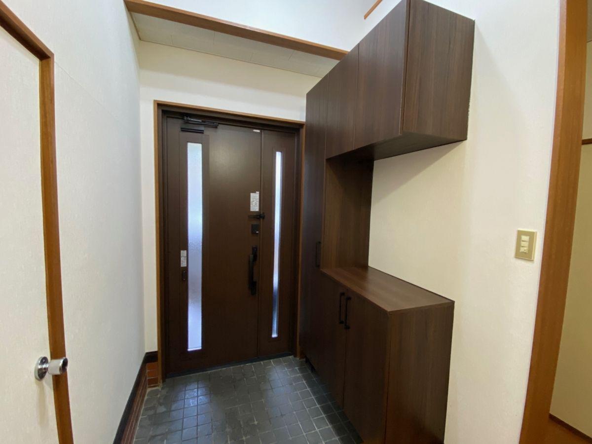 かんたん玄関ドアリモ/ラフォレスタ玄関収納の施工事例