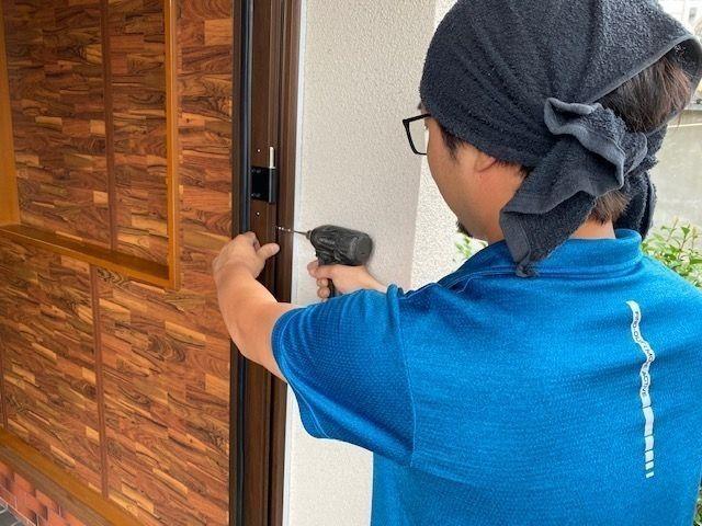 窓職人による安全施工