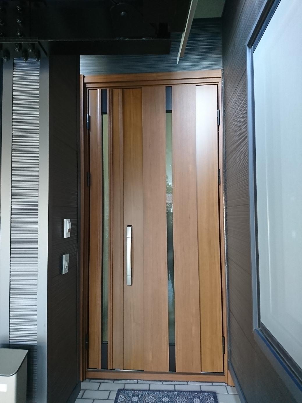 玄関ドア交換・内窓設置工事